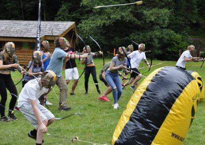 Arcadia - Battle Archery, Axe Throwing